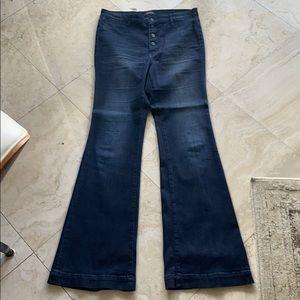 High Waist Flared Jeans Buffaloby David Bitton